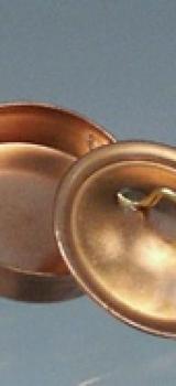 Grand faitout bas cuivre avec couvercle