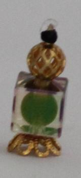 flacon de parfum orangé ou marronné carré