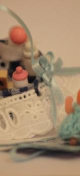 Corbeille de bébé garnie  et son matelas à langer